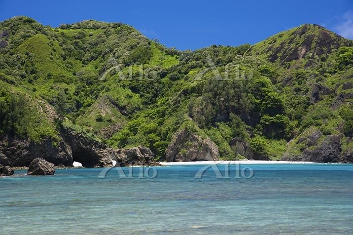 小笠原諸島の父島 コペペ海岸より小港海岸