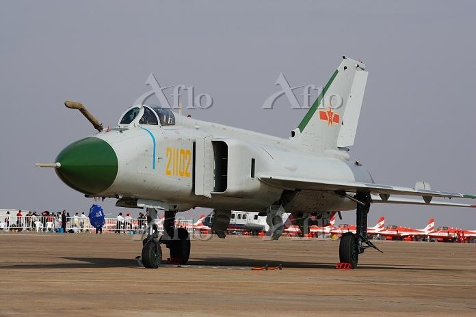 中国空軍戦闘機 J-8II