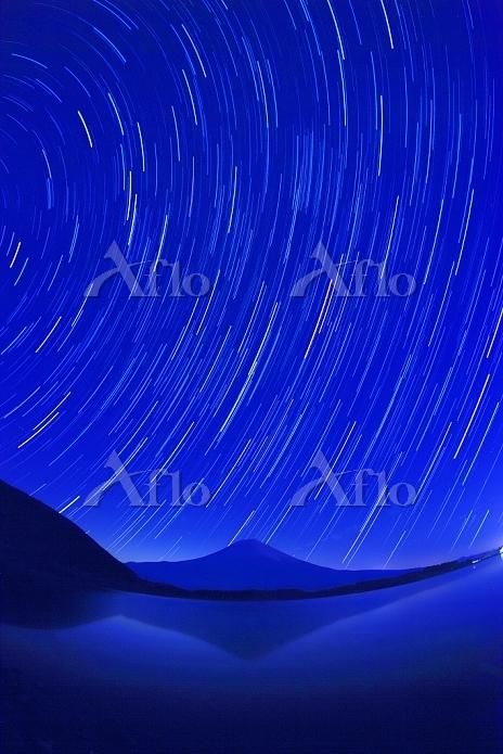 静岡県 富士山と星空