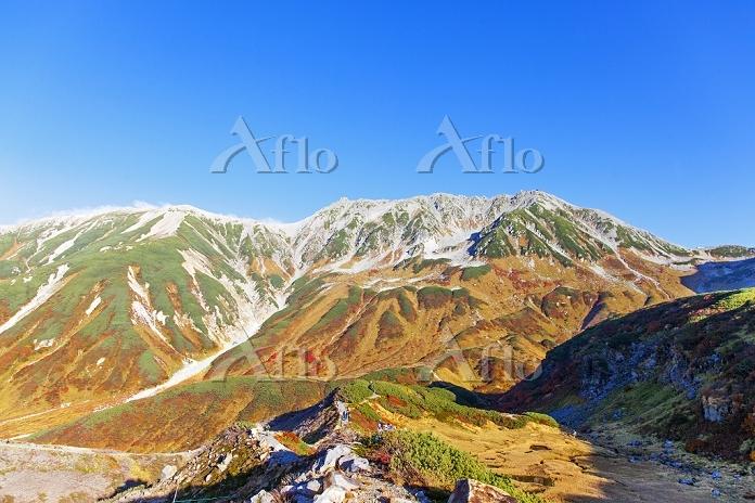富山県 紅葉した立山