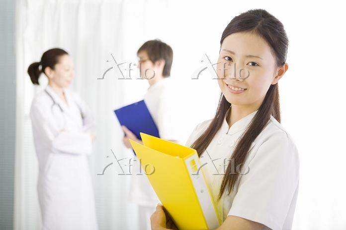 日本人の女性研修医