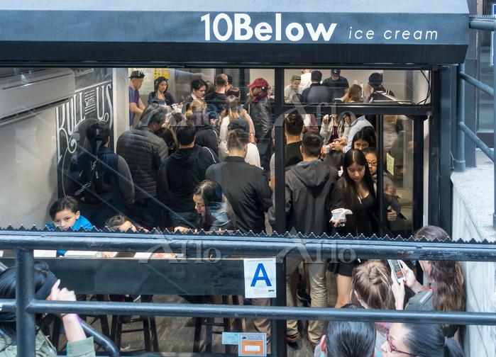 アメリカ ニューヨーク 10Below