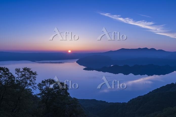 青森県 秋田県 十和田湖