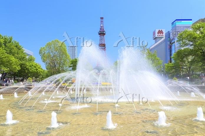 北海道 札幌市 西3丁目噴水と大通り公園