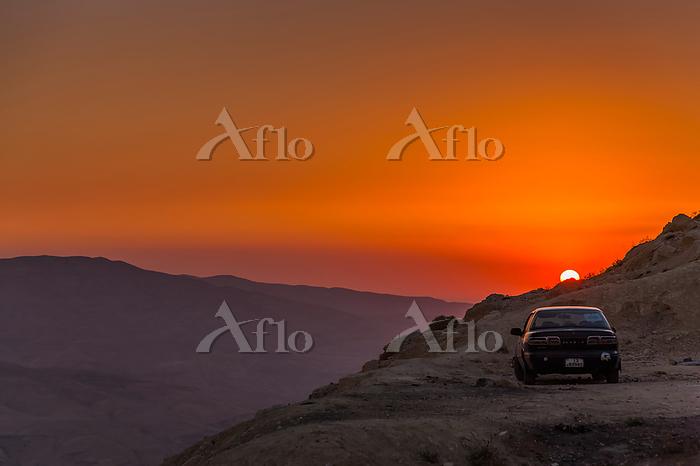 ヨルダン カラク ワディハサの夕方