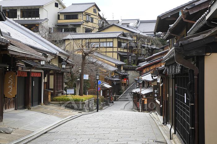2度目の緊急事態宣言で人出が激減した京都市の観光地 京都府