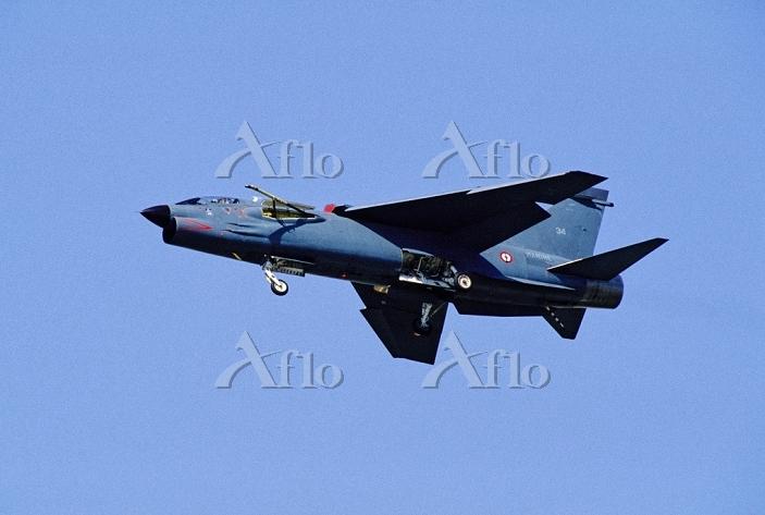 フランス海軍F-8クルセイダー戦闘機