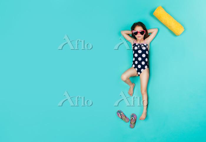 Top view of girl wearing swimw・・・
