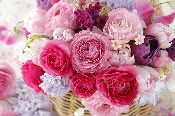 ラナンキュラスと花