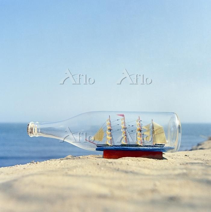 ボトルシップ 水の体 外の風景