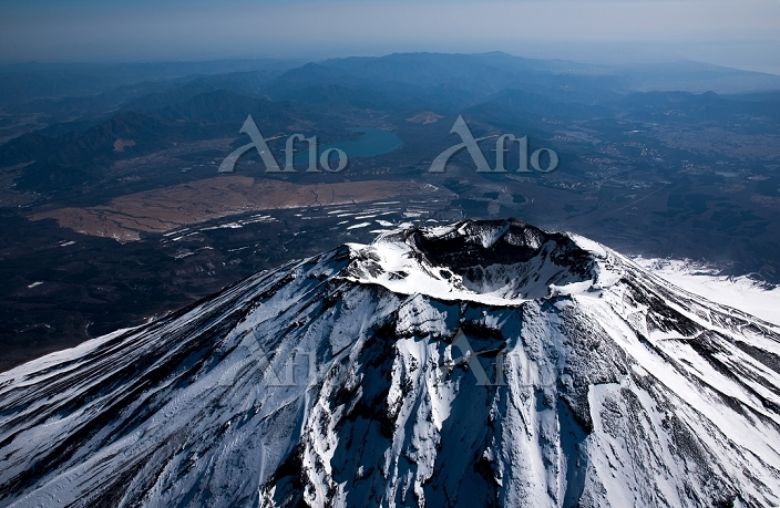 富士山 山頂付近(高度5,000m)より山中湖方面