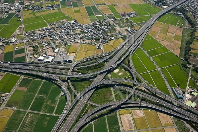 豊田JCT(東名高速道路と伊勢海岸自動車道)