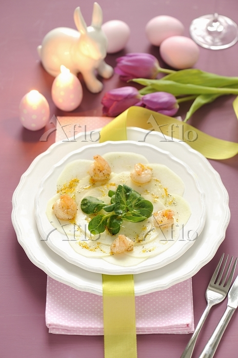 Kohlrabi carpaccio with prawns・・・
