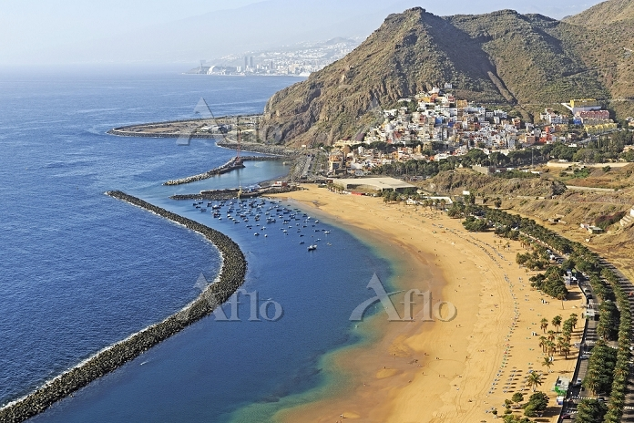 Bay, sandy beach Playa de Las ・・・