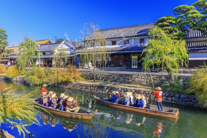 岡山県 紅葉の倉敷美観地区 くらしき川舟流し