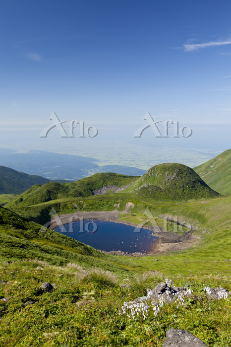 山形県 鳥海山7合目にある鳥海湖