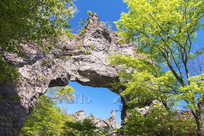 群馬県 妙義山 石門と大砲岩