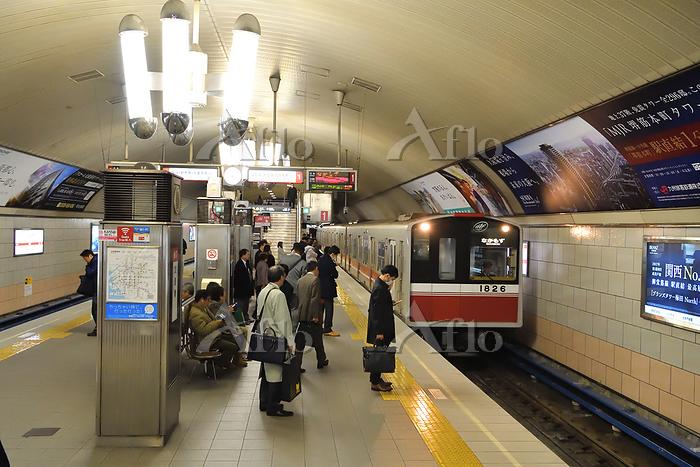 大阪府 大阪メトロ 10A系普通電車