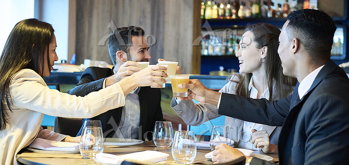 Business people toasting drink・・・