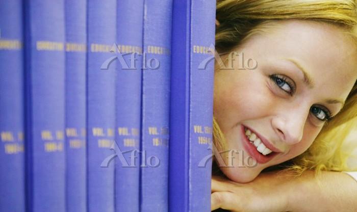 10代 笑顔 大学