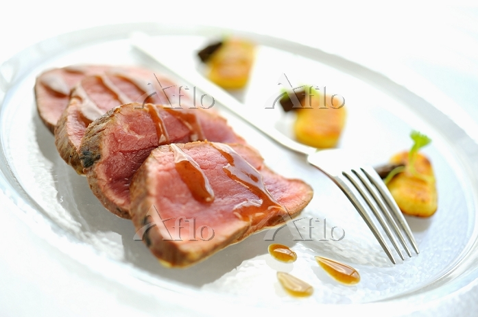 Veal fillet with gravy and gno・・・