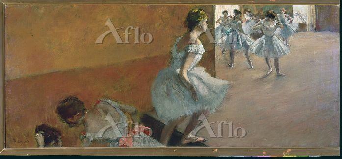 ドガ  「階段を上がる踊り子」