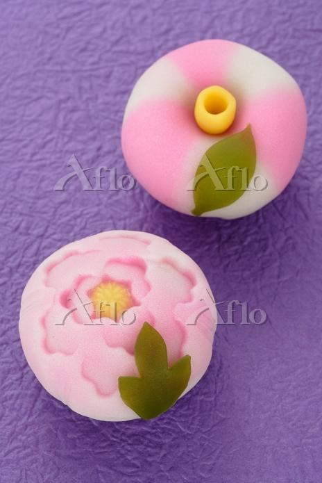 椿と牡丹の和菓子