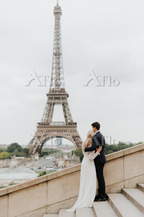 Bride and bridegroom, Eiffel T・・・