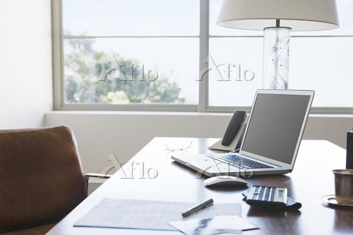 ホーム・オフィス