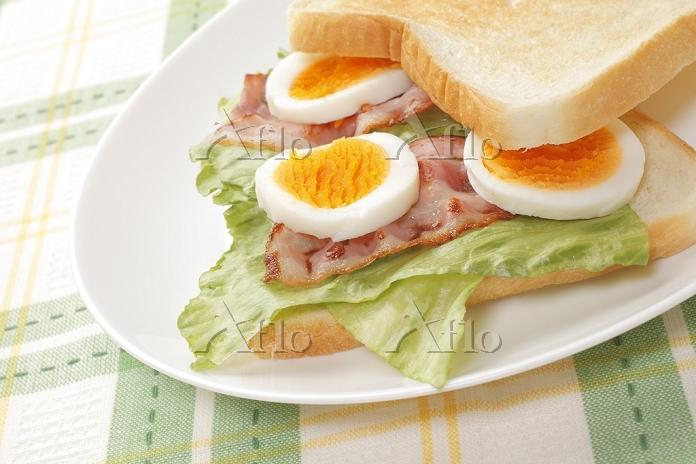 タマゴサンドイッチ