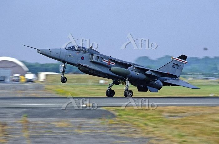 イギリス空軍ジャギュアGR.3攻撃機