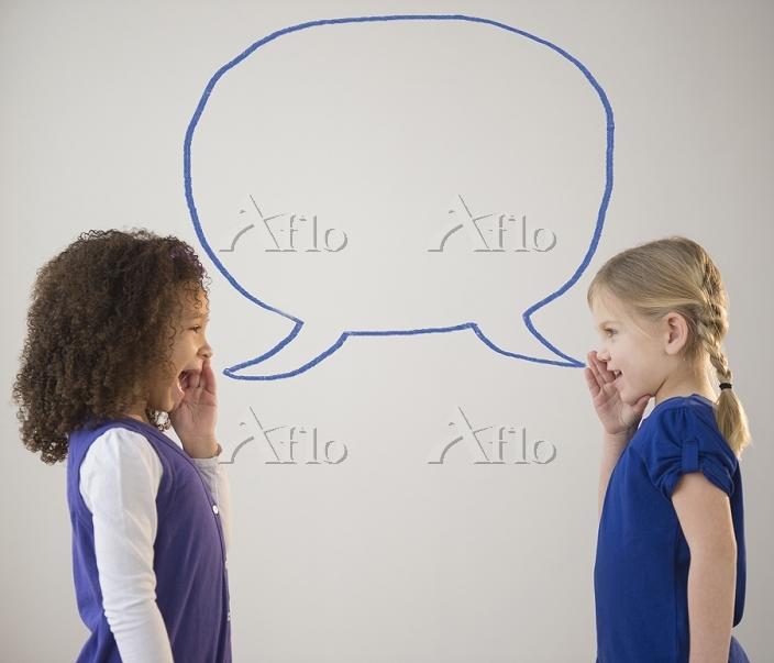 会話する女の子