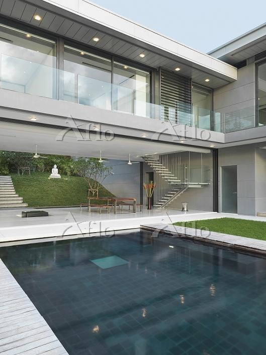 Swimming pool outside open mod・・・
