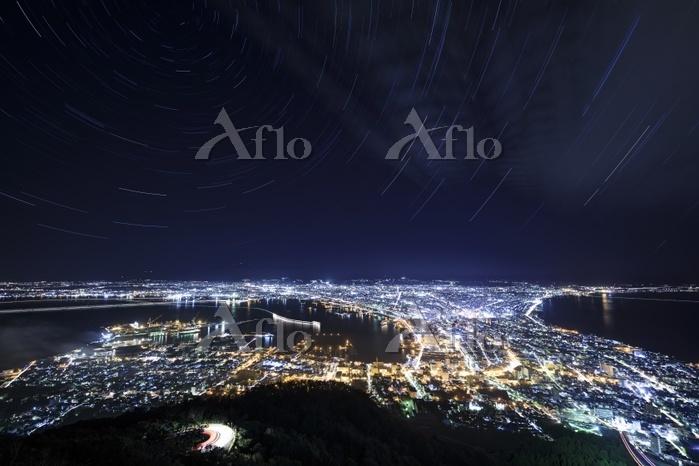 北海道 星降る函館市街の夜景
