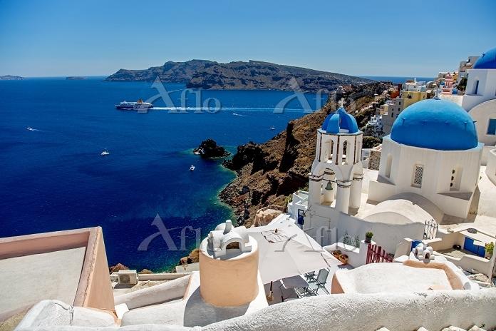 ギリシャ サントリーニ島 北端 イアから眺めるエーゲ海 ピレ・・・