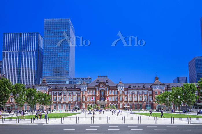 東京都 東京駅と丸の内駅前広場