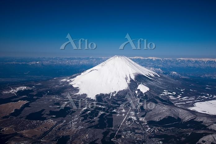 静岡県 富士山と南アルプス(高度3,500m)