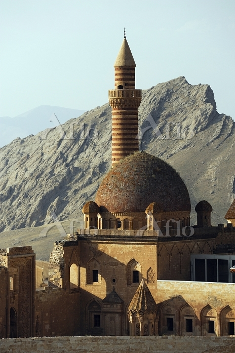 トルコ 東アナトリア地方 ドウバヤズット イサクパシャ宮殿