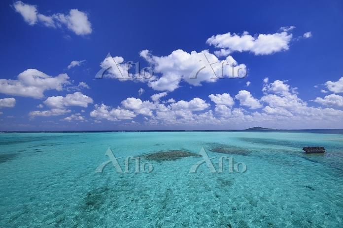 沖縄県 宮古島の海