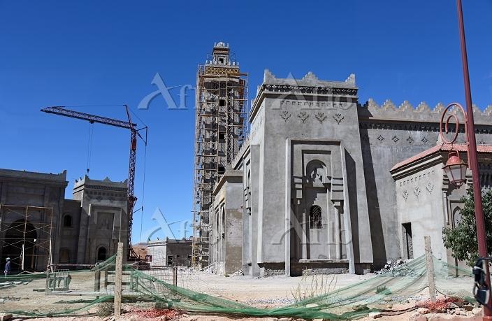 モロッコ ティネリールの街並み 建設中のモスク
