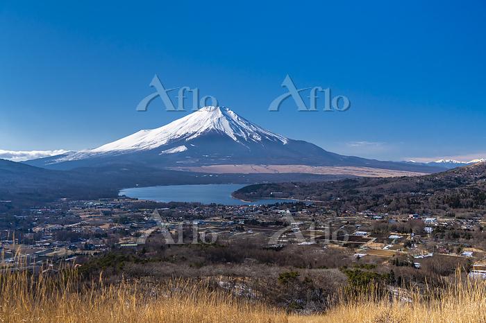 山梨県 冬の富士山と山中湖