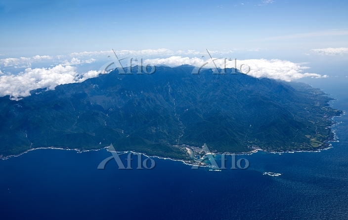 屋久島全景 栗生地区より東方面