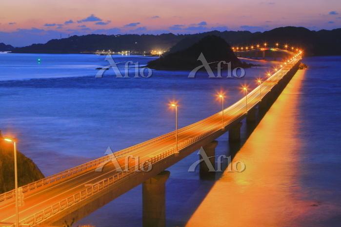 山口県 角島大橋の夕景