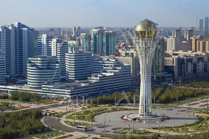 カザフスタン アスタナ バイテレク塔