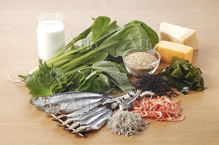 栄養素2群(カルシウム)を多く含む食材