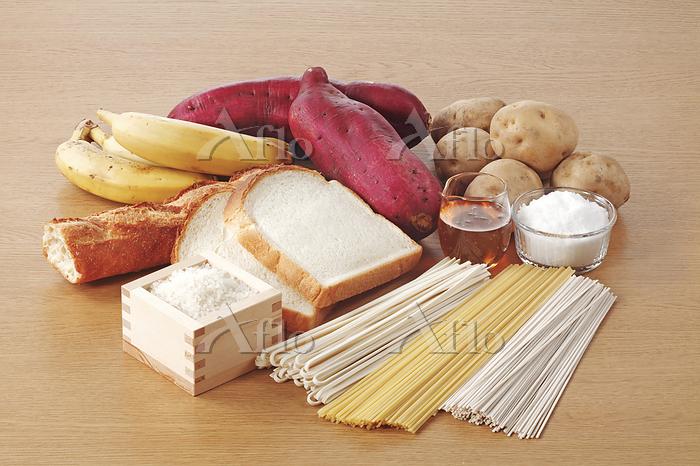 栄養素5群(糖質)を多く含む食材