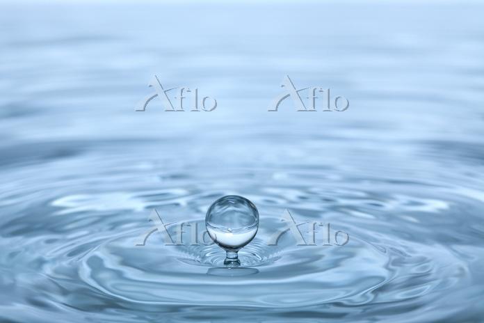 水滴の落ちた瞬間