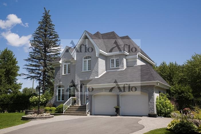カナダ 2階建ての一軒家