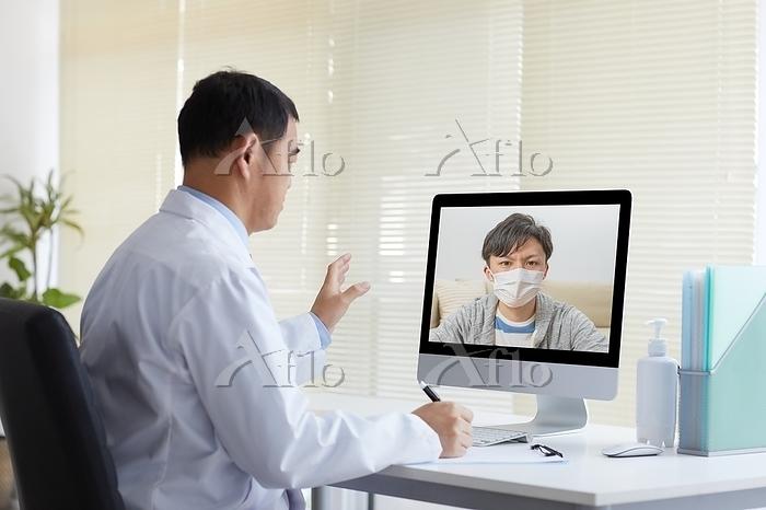 オンライン診療をする日本人医師