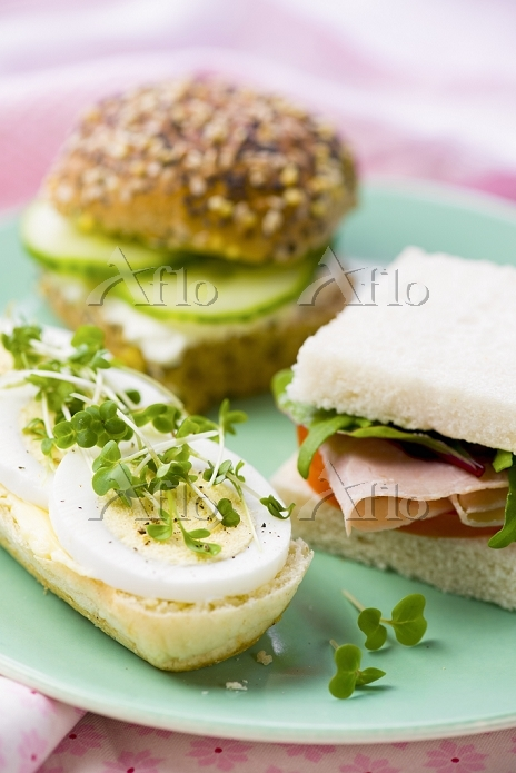 Sandwiches with egg and cress,・・・